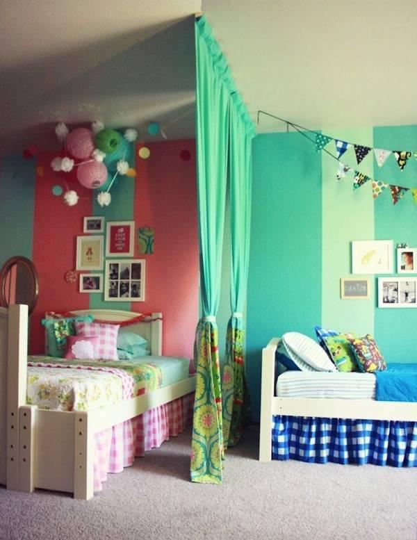Комната для двух мальчиков разного возраста: дизайн для школьников и подроствов с двумя кроватями, бюджетный интерьер  - 41 фото