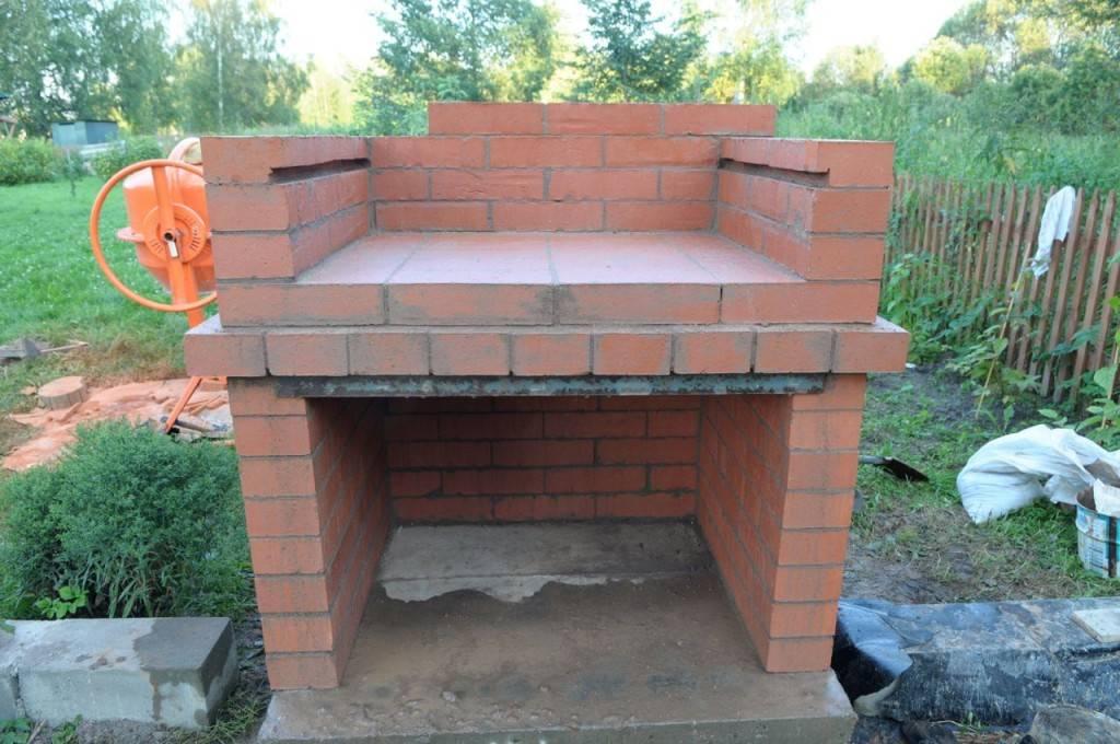Как сделать печь барбекю и мангал из кирпича на даче своими руками, этапы монтажа