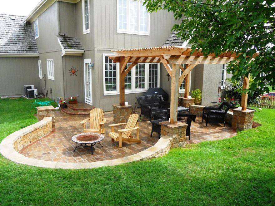 Лучшие идеи для дизайна двора в частном доме, фото и видео