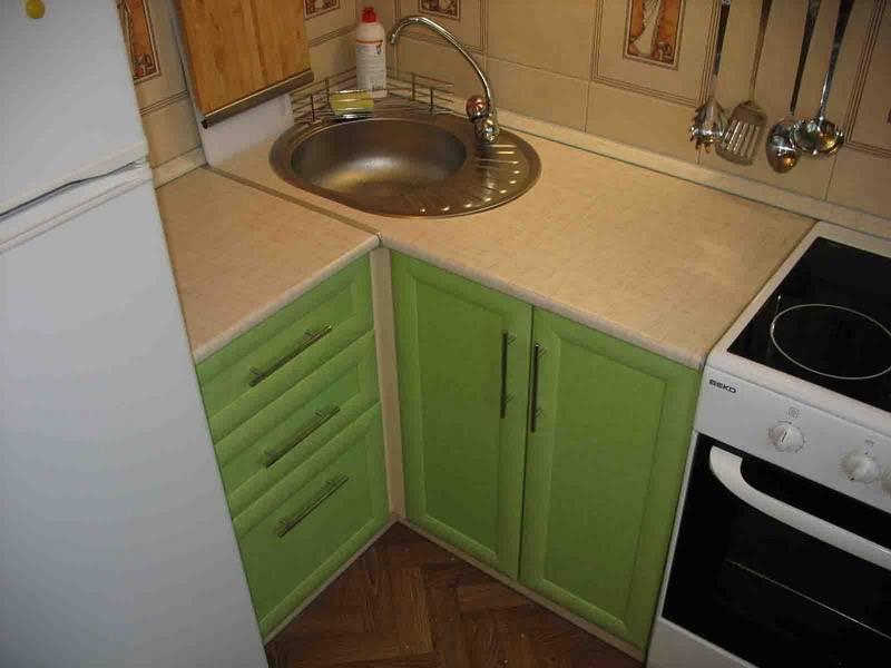 Дизайн кухни в хрущевке – фото интерьеров и ремонта маленьких кухонь в хрущевских домах