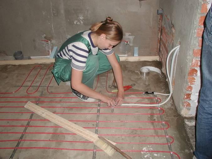 Монтаж теплого водяного пола в ванной под плитку своими руками
