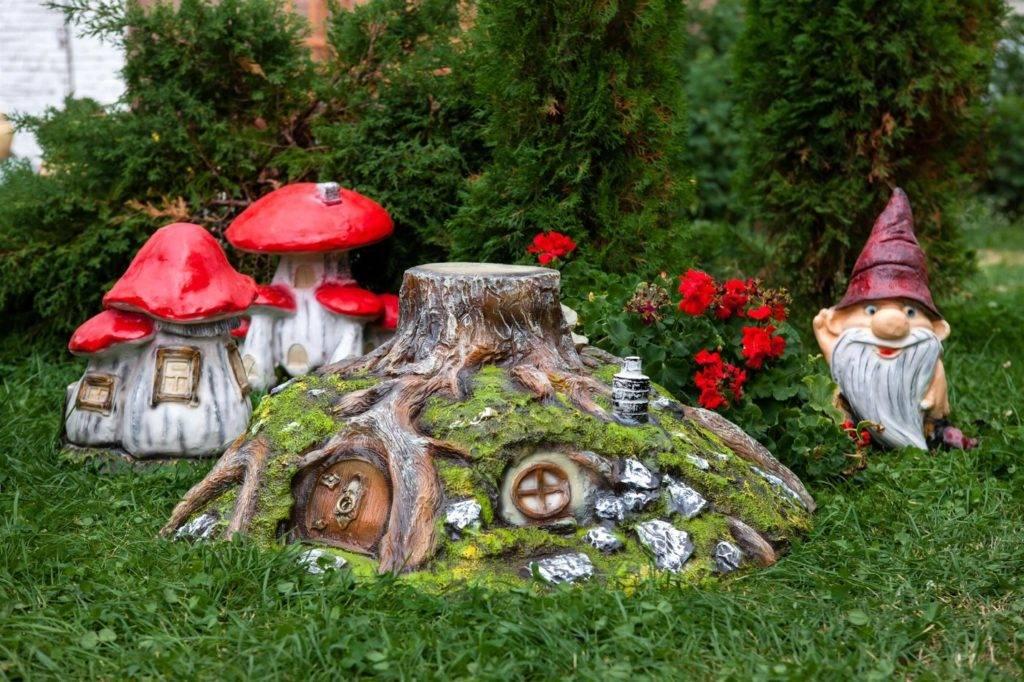 Фигурки для сада (200 фото новинок) - эксклюзивные варианты дизайна. инструкция по созданию фигурок своими руками