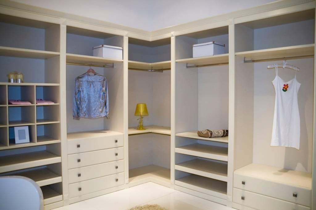 Угловой шкаф в детскую комнату - советы по выбору