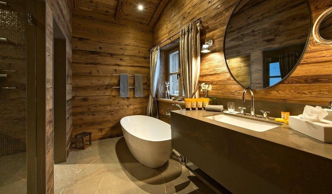 Ванная комната в деревянном доме (74 фото): как обустроить и сделать отделку? дизайн комнаты и гидроизоляция ванной в бревенчатом доме. чем отделать пол своими руками?