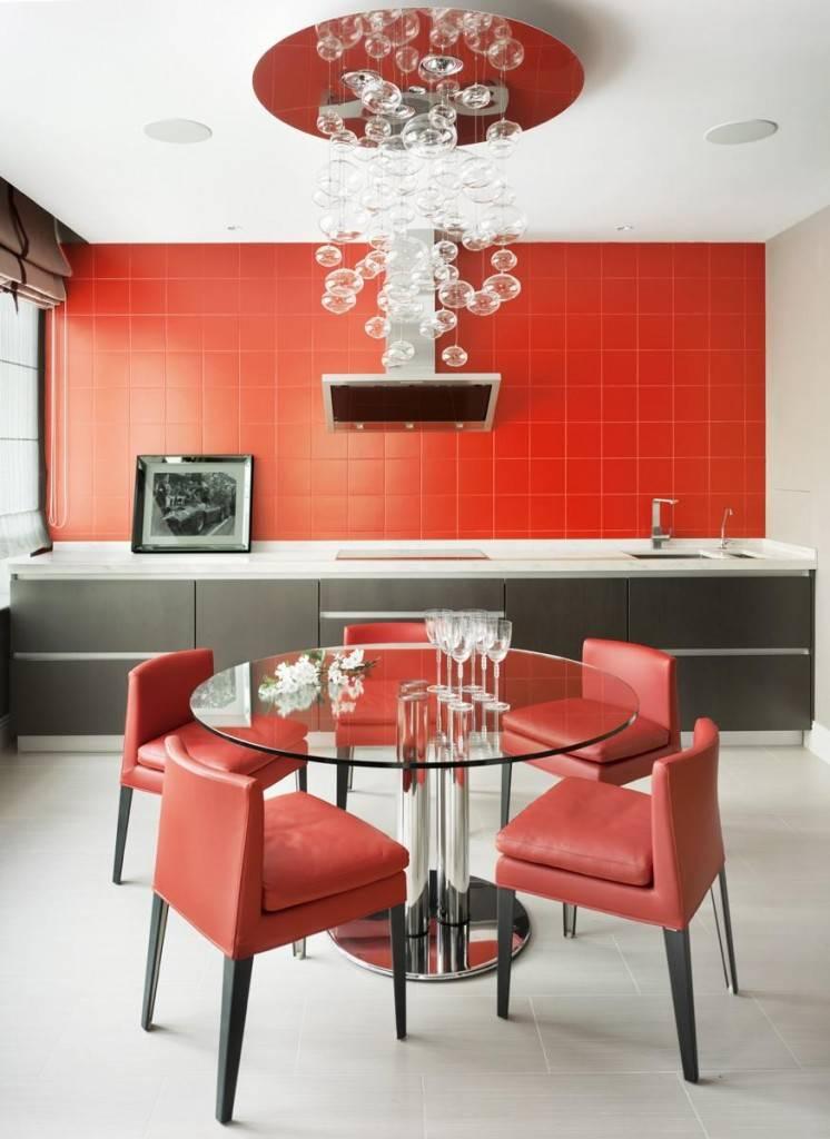 Дизайн маленькой кухни 2021: тренды и новинки + 115 современных идей в фото