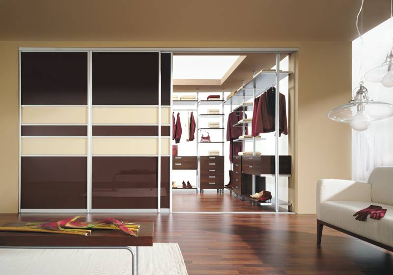 Раздвижные межкомнатные двери - 75 фото идей дизайна