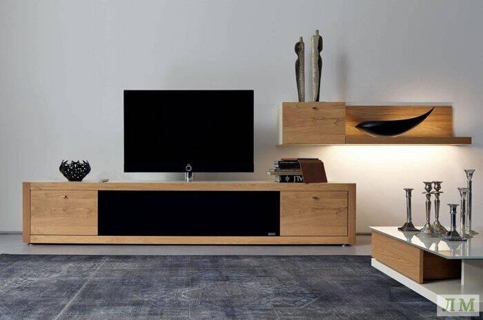 Комод под телевизор (55 фото): дизайнерские высокие и длинные модели с ящиками, в классическом и другом стиле, примеры в интерьере