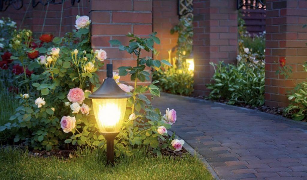 Освещение участка загородного дома: 100 фото дизайна освещения дома. нюансы выбора подсветки, инструкция по монтажу своими руками