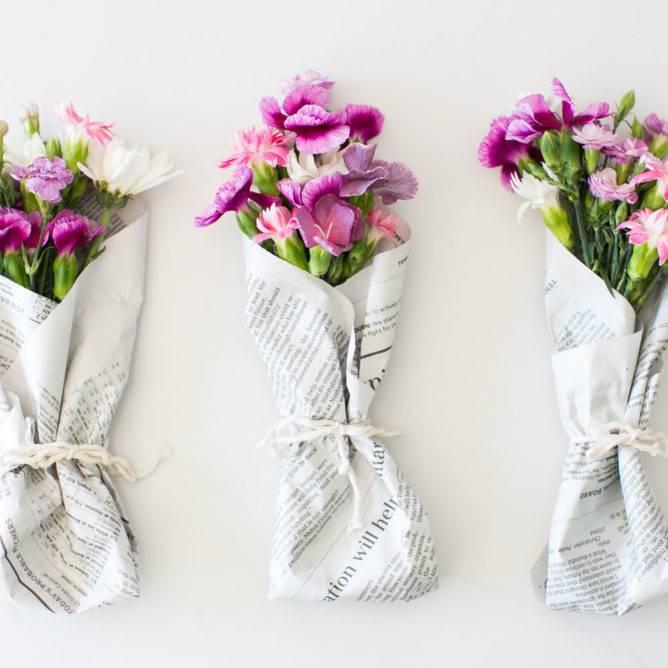 Мастер-классы по упаковке букетов: как оформить букет бумагой своими руками? как сделать упаковку из крафт-бумаги и пленки? как еще красиво упаковать букет цветов?