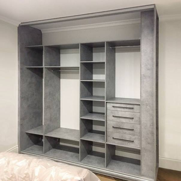 Встраиваемый шкаф в спальню (135 фото): идеи дизайна и планировки помещения
