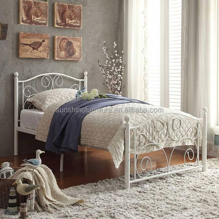 Кровать в спальню: 100 фото современных моделей и новинок дизайна. рекомендации по выбору и размещению кровати в интерьере спальни