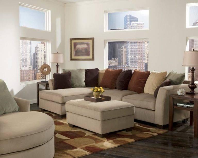 Советы по выбору стиля и дизайна мягкой мебели в гостиных комнатах