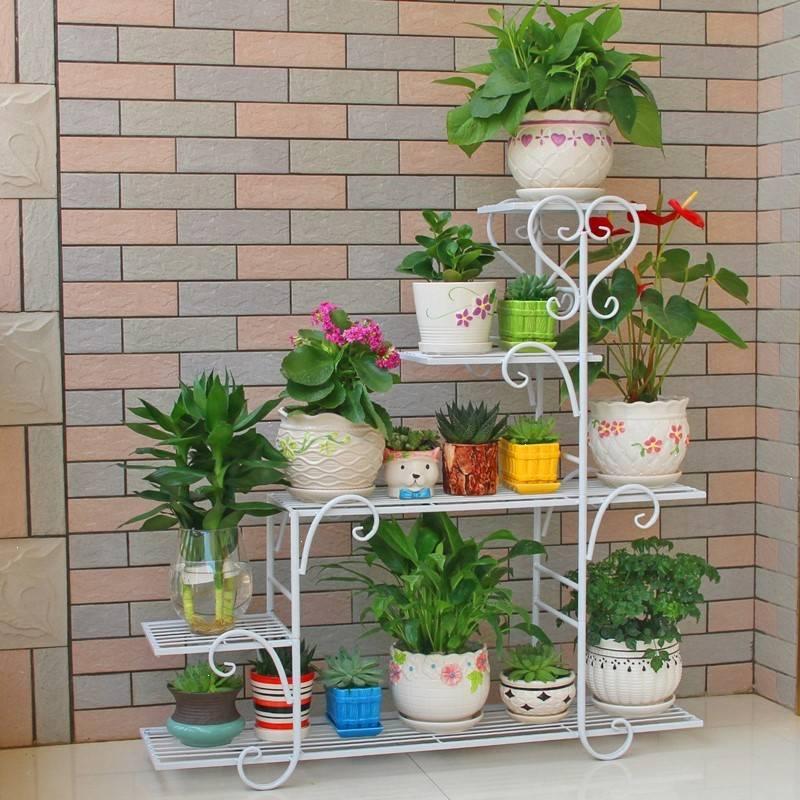 Стеллаж для цветов (81 фото): напольные и на подоконник, с подсветкой. делаем своими руками. модель на балкон, деревянные и другие для растений