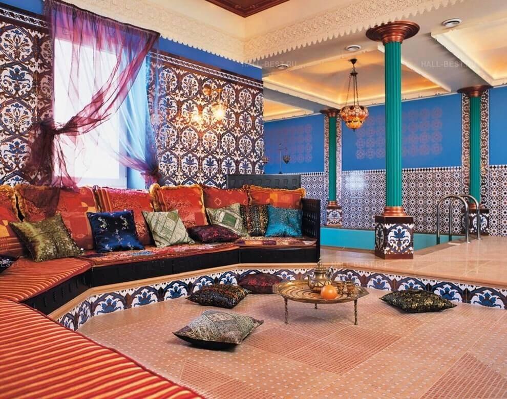 Спальня в восточном стиле — экзотика в городской квартире