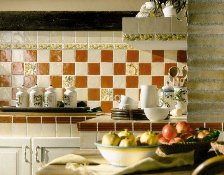 Фартук для кухни из плитки: технология укладки