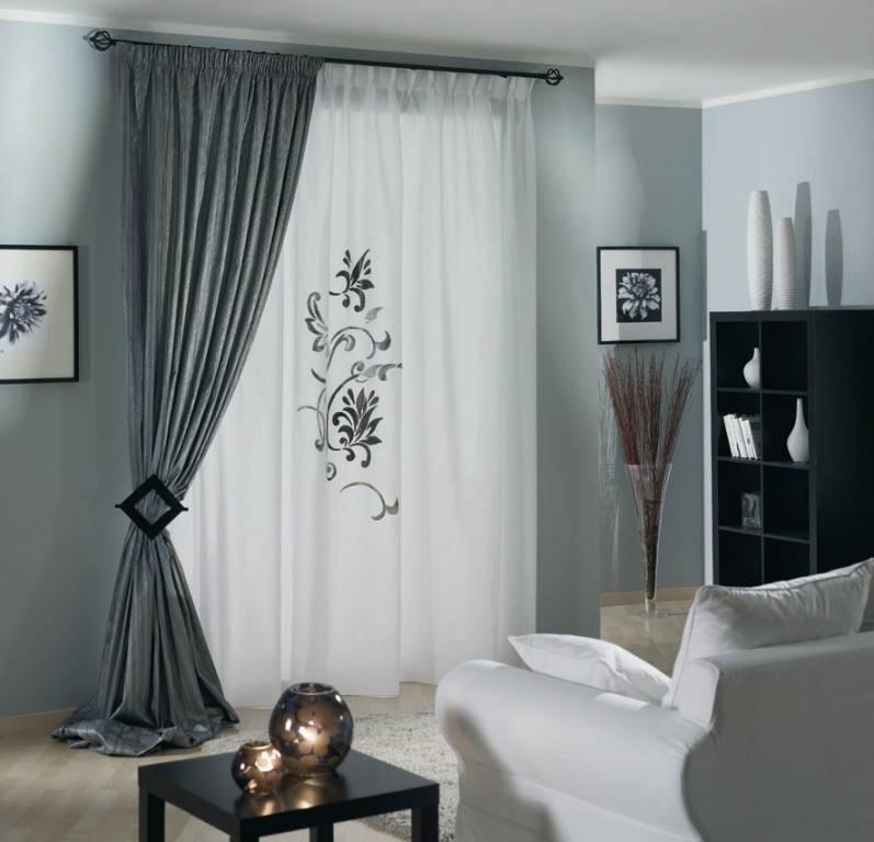Серые шторы в интерьере: достойное завершение картины