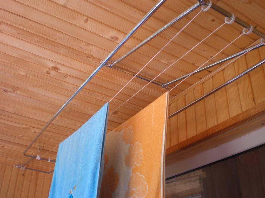 Настенные сушилки для белья на балкон (37 фото): выбираем раздвижные и складные балконные вешалки для сушки, особенности крепления на стену выдвижных систем