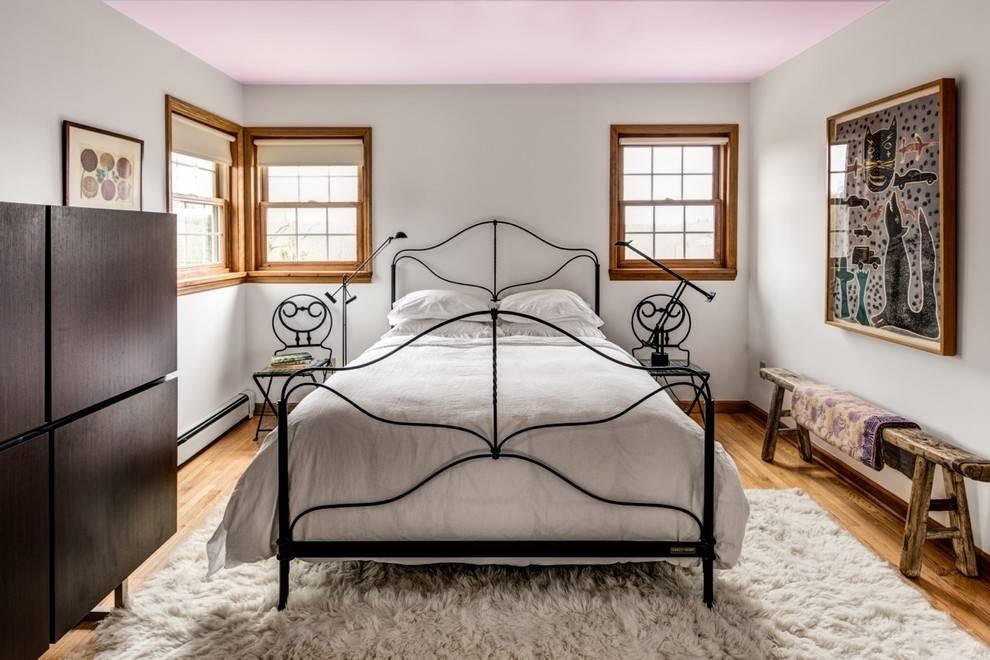 Кровать в спальню: 100 фото новинок дизайна + рекомендации по выбору и размещению кровати
