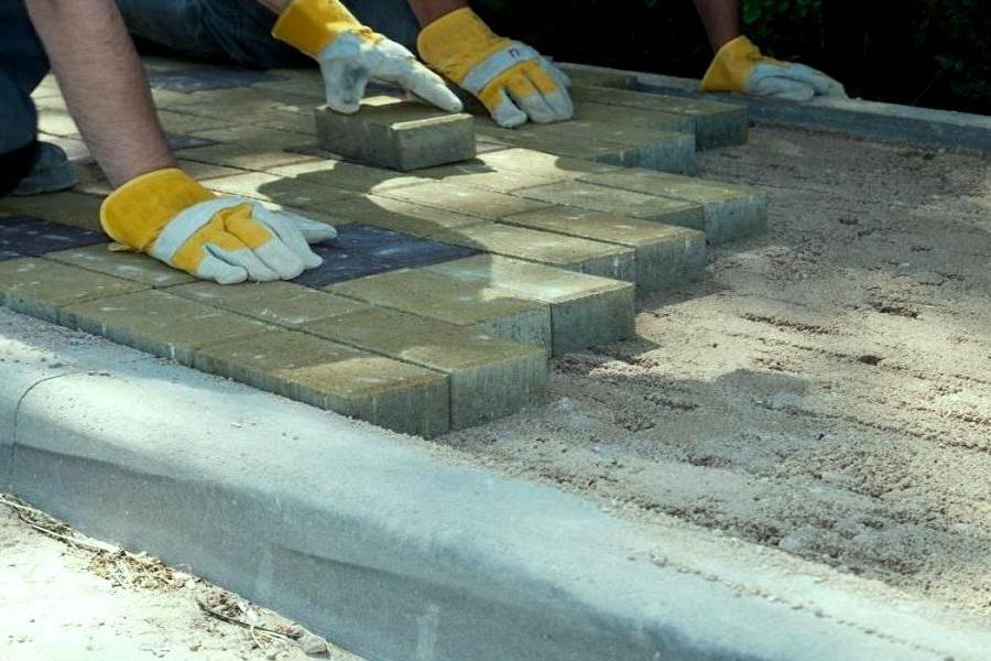 Тротуарная плитка своими руками – изготовление бетонной плитки для дорожек в домашних условиях: технология, раствор, формы, фото-видео