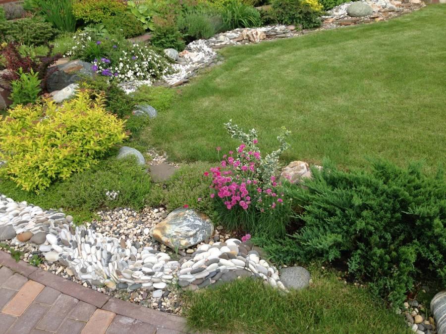 Как и чем украсить садовый участок: статуи, фигуры, телеги; ландшафтный дизайн из подручных материалов своими руками