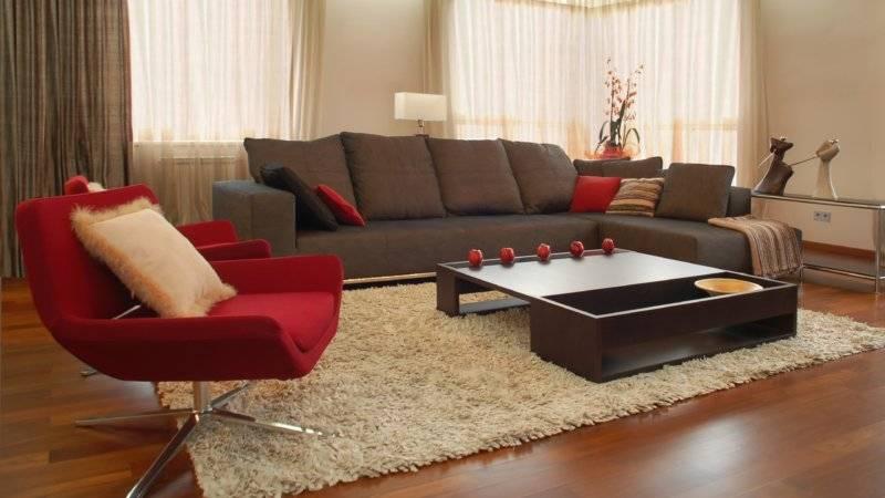 Диваны в интерьере гостиной дома и квартиры: самые стильные дизайнерские решения и топ-10 трендов