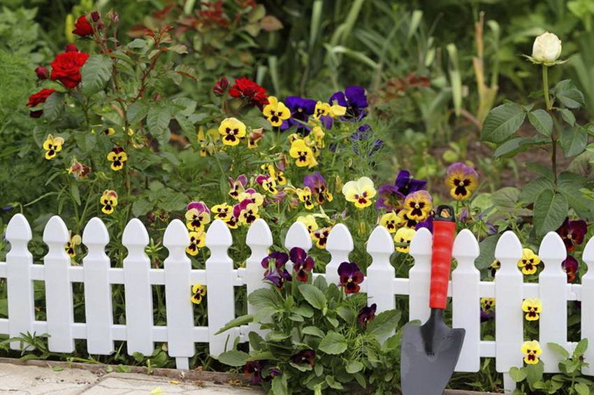 Дизайн огорода: стили, декор, оформление грядок, правила - 75 фото